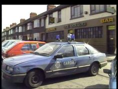 Twitter Police Vehicles, Police Cars, Old Pictures, Old Photos, Photos For Class, Dublin City, Countries, Ireland, Classic Cars