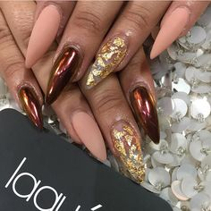 See this Instagram photo by @laquenailbar • 13.3k likes