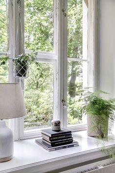 at the window Window Ledge Decor, Window Sill, Cottage Windows, Farm House Colors, White Cottage, Through The Window, Blog Deco, Scandinavian Home, White Houses