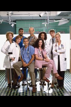 ER - Clockwise from left: Elizabeth Corday, Greg Pratt, Mark Greene, Jeanie Boulet, John Carter, Anna Amico, Carol Hathaway, Doug Ross, Kerry Weaver - HarpersBAZAAR.com