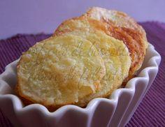 Avete mai assaggiato le patatine al parmigiano? Gustosissime e cotte in forno, una scoperta che vi conquisterà!