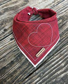 Red dog bandana, Heart bandana, red heart bandana, dog bandana, dog, dog accessories, handmade, dog fashion, cat bandana, puppy: NITESH