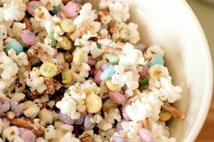 Bunny Bait!  Popcorn, Candy Coating, Easter M  Ms, Pretzels, Sprinkles....Yum!