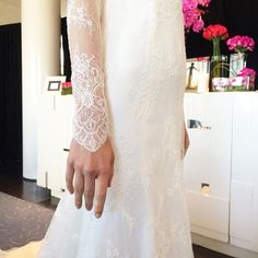 Starting off the day with a wonderful morning at @sarehnouri. These sleeves were BEAUTIFUL! #nybfw #sarehnouribridal