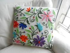 Sold out – twitch - Stickerei Ideen Cushion Embroidery, Silk Ribbon Embroidery, Crewel Embroidery, Hand Embroidery Patterns, Cross Stitch Embroidery, Embroidery Designs, Mexican Embroidery, Fabric Art, Sewing Crafts