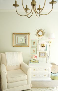 Vintage Glam Girly #Nursery with mini #gallerywall via Charming in Charlotte www.charmingincharlotte.blogspot.com