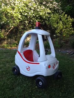 Ghostbusters car out of Little Tikes Cozy Coupe Little Tykes Car, Toddler Toys, Kids Toys, Little Tikes Makeover, Diy For Kids, Cool Kids, Cozy Coupe Makeover, Ghostbusters Theme, Kids Playing