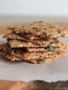 750 grammes vous propose cette recette de cuisine : Knækbrød ou crackers danois aux graines. Recette notée 3.8/5 par 11 votants