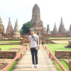 I'm kevin in Thailand + sometimes I need to be a model 555 🇹🇭😜 #thailand #ayutthaya #hot