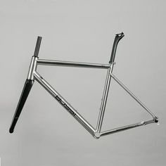 A handcrafted titanium road bike frameset constructed from Ti. The Fabrica Ti combines the lightweight durability of titanium with race-proven geometry - a winning combination. Titanium Road Bike, Geometry, Bespoke, Bespoke Tailoring