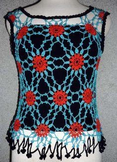 Blusa tejida a crochet  en hilos de colores rojo, turquesa y negro, Talla M