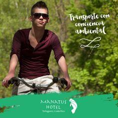 Es muy común ver a los habitantes de este hermoso lugar llegar a sus destinos en bicicleta. #SaborDelCaribe #HotelManatus