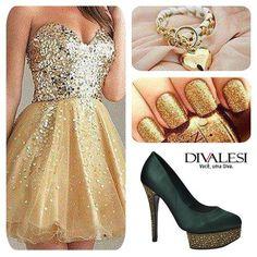 Muito brilho com esse lindo Divalesi! #brilho #festa #sapato #fashion #moda #dourado