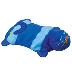 Junebug found this, a warming item that can be nuked in the microwave for cats to have warm sleeping beds. could double as hand warmers for whoever. stocking stuffer.