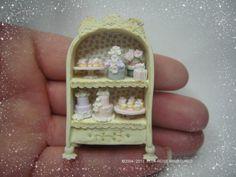 quarter scale dollhouse miniature cake display shelves