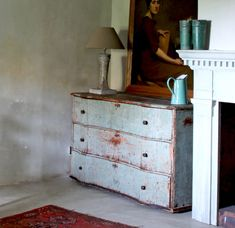 Comment patiner un meuble? Dresser, Antiques, Diy, Furniture, Home Decor, Wood Furniture, Restoration, Bricolage, Paintings