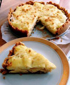 desernik: Tarta orzechowa z jabłkami i budyniem Lasagna, Ethnic Recipes, Food, Kitchens, Essen, Meals, Yemek, Lasagne, Eten