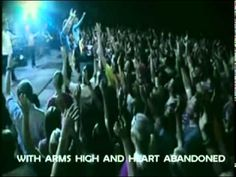 I long for the day that every venue I visit worships the way Hillsong does, GO HILLSONG, GO GOD!!