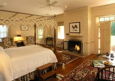 Sunset room in Garden Cottage, queen bed, wood-burning fireplace, private bath with double whirlpool tub, private patio. Starting at $269 #bramptoninn #bedandbreakfast