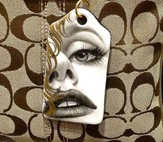 Handpainted by Mariela Villasmil 🇺🇸 🇻🇪 on 0306 - Artists best painted TAG by Bijoux de Passy Blink Of An Eye, Jpg, Halloween Face Makeup, Hand Painted, Painting, Porcelain, Artists, Accessories, Bags