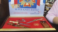 Vintage veteran of foreign wars raffle set complete with uncle hunter knives and the VFW logo all in origional box. Appraised at over $250.00