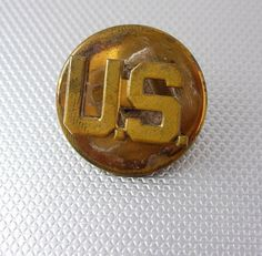 Military US Armed Forces WWII Brass Lapel Insignia Button Pin Screw On Birthday Veteran