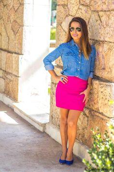 ¡¡¡Nada discreto!!! Brillante falda fucsia