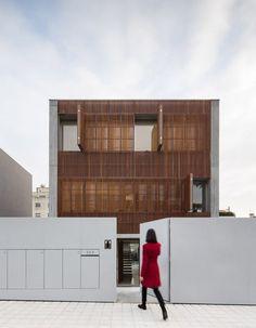 house-in-bonfim-by-azo-sequeira-arquitectos-porto-portugal-_dezeen_936_5