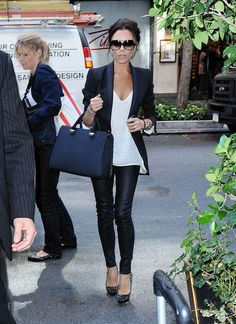 I have to get some leather leggings for fall! Would be cute to wear to a concert or something fun!