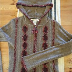 Free People cozy wool cable hoodie Very warm and cozy Free People wool cable-knit hoodie with beautiful rustic detail. Bought at Urban Outfitters, very gently worn, in great shape! Free People Sweaters Cardigans