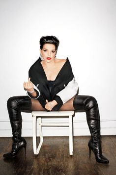 Terry Richardson Liza Minelli - The Terry Richardson-Liza Minelli Love Magazine August 2011 photographs connects two of the entertainment industry's most beloved personalities for. Liza Minnelli, Judy Garland, Sandro, Terry Richardson Photos, Terry Richardson Photography, Rock And Roll, Love Magazine, Thigh High Boots, Sensual