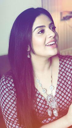 srimukhi Sonam Kapoor, Deepika Padukone, Hot Actresses, Indian Actresses, Hollywood Actress Photos, Bollywood Actress Hot Photos, Beautiful Girl Image, Beautiful Mind, Stylish Girl Pic