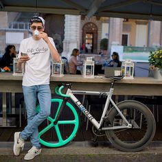 Social App for Fixie enthusiasts from all over the World. Bmx, Mtb Bike, Road Bike, Velo Design, Bicycle Design, Cycling Outfit, Women's Cycling, Cycling Jerseys, Cycling Girls