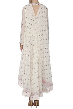 Vvani by Vani Vats Off white asymmetrical embroidered kurta with dhoti pants available only at Pernia's Pop Up Shop. Indian Designer Outfits, Indian Outfits, Designer Dresses, Designer Clothing, Party Wear Dresses, Casual Dresses, Fashion Dresses, Dressy Outfits, Hijab Fashion