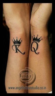 62 best couple tattoos love images in 2017 King Queen Tattoo, King Tattoos, Body Art Tattoos, Sleeve Tattoos, Tatoos, Queen Of Hearts Tattoo, Maori Tattoos, Trendy Tattoos, Small Tattoos