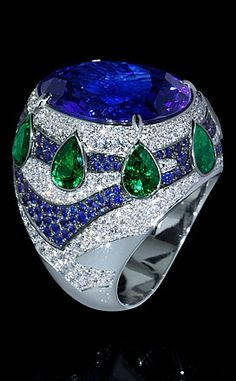 Ring Magrib - buy in Mousson Atelier - white gold, tanzanite 19,82 ct., diamonds, sapphires, tsavorites