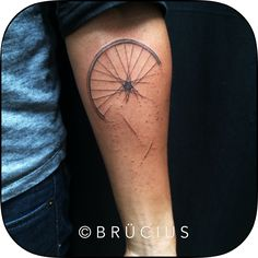 #BRÜCIUS #TATTOO #SF #brucius #blackwork #linework #etching #engraving #bike #wheel #disintegrating #accident