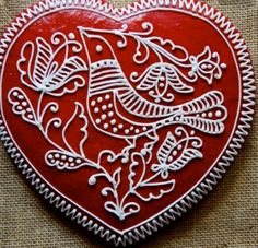 not mehndi obviously but love the design - hungarian folk art - Hungarian… Honey Cookies, Iced Cookies, Royal Icing Cookies, Cupcake Cookies, Biscuit Cookies, Cupcakes, Gingerbread Decorations, Gingerbread Cookies, Christmas Gingerbread House