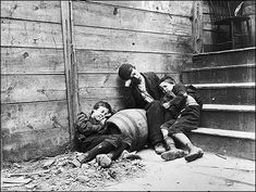 How The Other Half Lives ~ Jacob A. Riis 1890 Depicting the lives of Immigrants in New York City