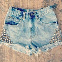 Jeans + tachas