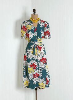 1940s rayon Hawaiian print jacket and dress