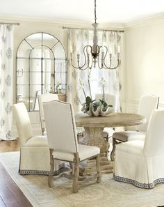 1000 images about dining rooms on pinterest dining for Ballard designs dining room