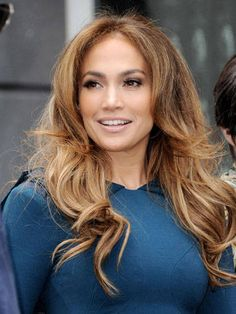 Jennifer Lopez Ombre Brown with Golden Highlights Jennifer Lopez Hair Color, Brilliant Brunette, Corte Y Color, Brown Hair Colors, Hair Colour, Brunette Hair, Great Hair, Hair Day, Gorgeous Hair