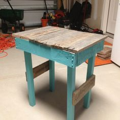 Pallet Night Stand,painted in Lake Blue.