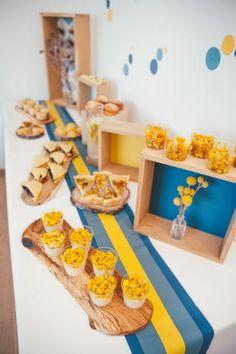 Buffet nordique - couleurs - jaune - bleu - traiteur - chef à domicile