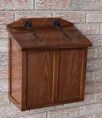 Home Project: For those of you who are lucky enough to get home mail delivery, a handmade wooden mailbox gives you a chance to show off your woodworking skills to all who come to your front door. Wooden Mailbox, Diy Mailbox, Wall Mount Mailbox, Mounted Mailbox, Wooden Diy, Handmade Wooden, Mailbox Ideas, Diy Wood Projects, Home Projects