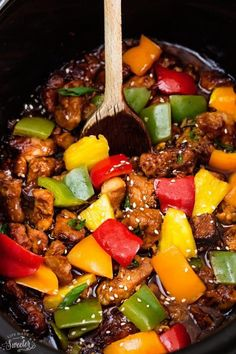 Slow Cooker Sweet & Sour Chicken - Look at these colors. Slow Cooker Recipes, Crockpot Recipes, Chicken Recipes, Cooking Recipes, Healthy Recipes, Cooking Pork, Healthy Dinners, Delicious Recipes, Chicken Meal Prep