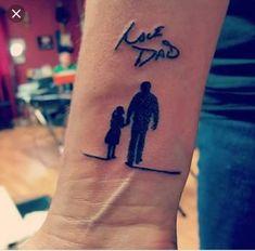 besten Memorial Tattoos Designs & Ideen - Tattoo Motive - My list of best tattoo models Daddys Girl Tattoo, Mom Dad Tattoos, Father Daughter Tattoos, Boy Tattoos, Family Tattoos, Tattoo Girls, Body Art Tattoos, Tattoo Dad, Tatoos