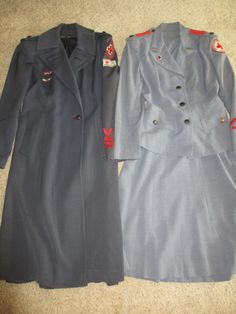 RARE WWII 40s, 50s VINTAGE RED CROSS ARC NURSE UNIFORM AND COAT