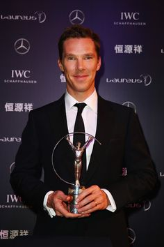 ~~Benedict Cumberbatch Photos - Red Carpet Studio - 2015 Laureus World Sports Awards - Shanghai - Zimbio~~